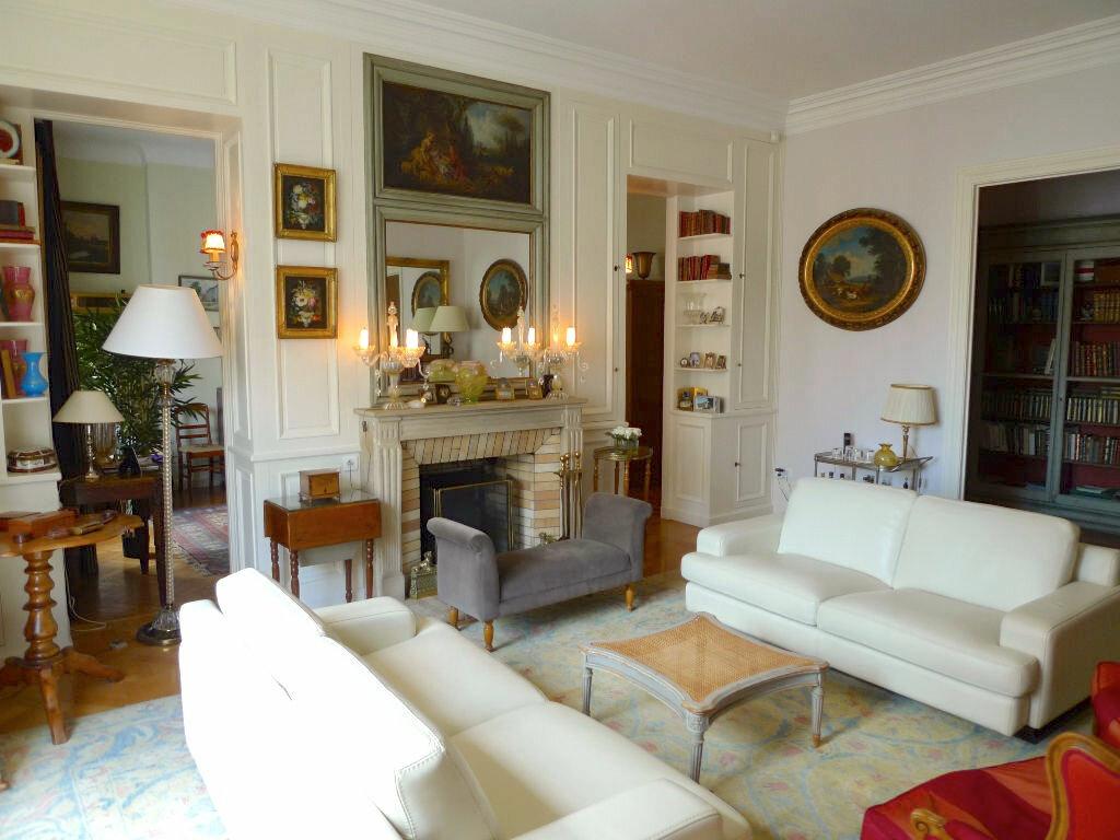 Achat Appartement 8 pièces à Clermont-Ferrand - vignette-1