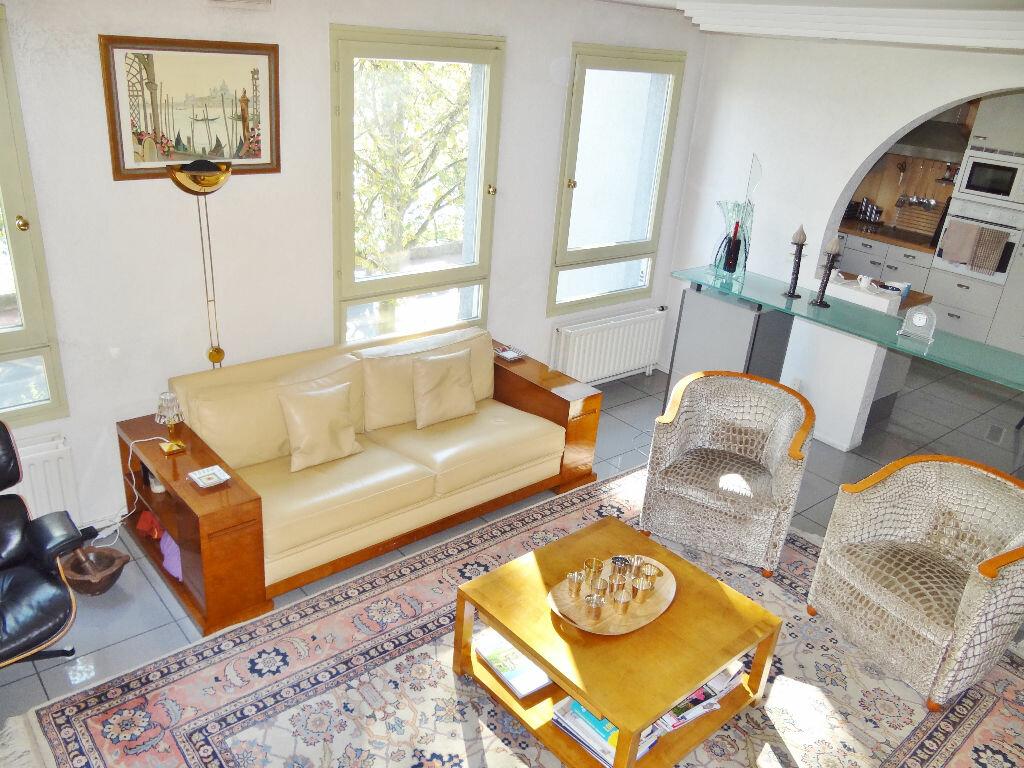 Achat Appartement 6 pièces à Lyon 4 - vignette-5