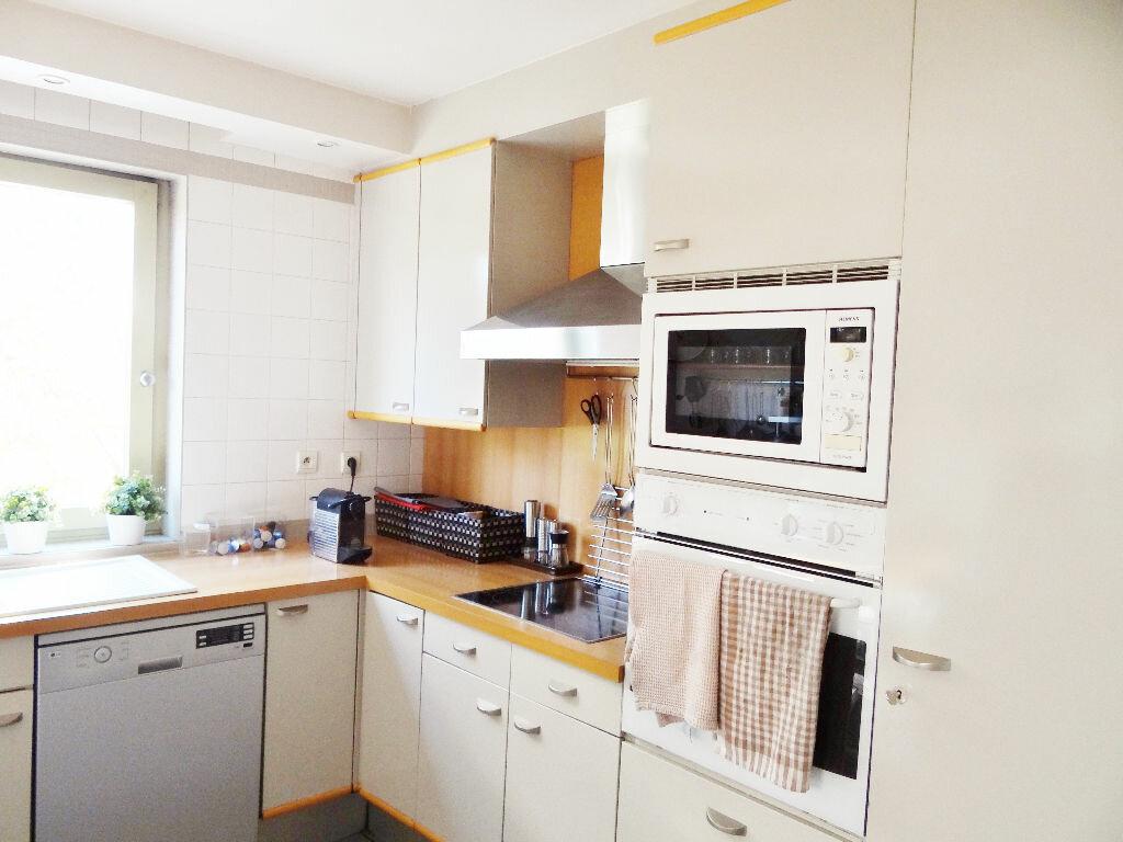Achat Appartement 6 pièces à Lyon 4 - vignette-8
