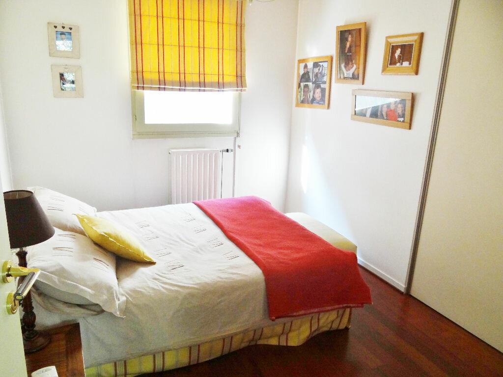 Achat Appartement 6 pièces à Lyon 4 - vignette-10