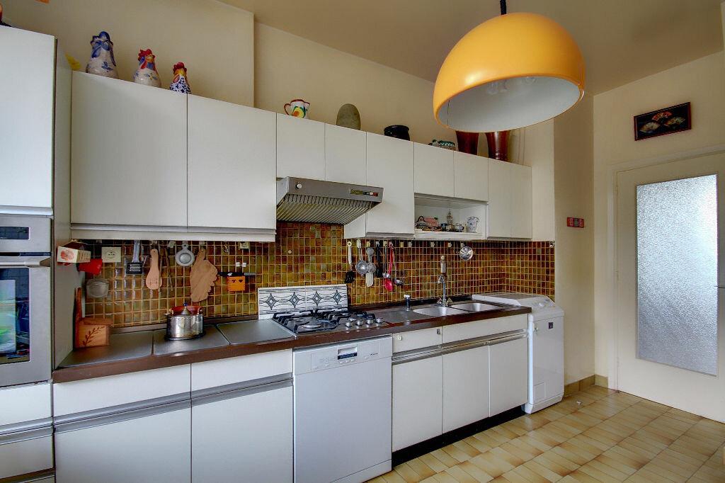 Achat Appartement 4 pièces à Lyon 5 - vignette-8