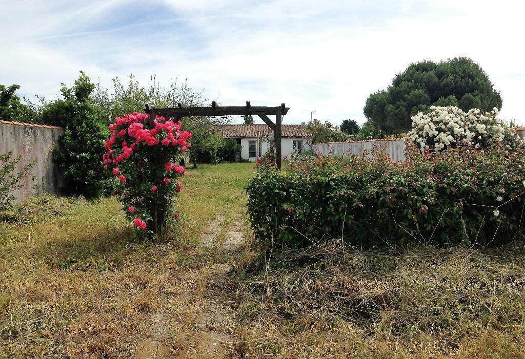 Achat Maison 4 pièces à Sainte-Marie-de-Ré - vignette-5