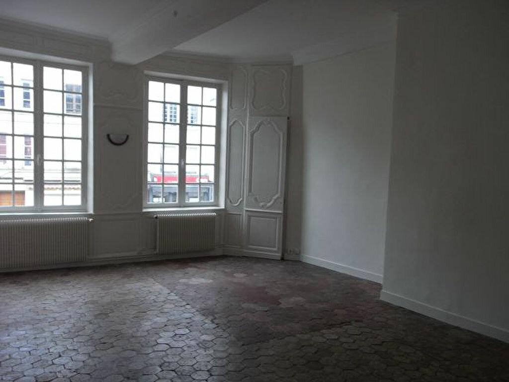 Location Appartement 4 pièces à Pont-Audemer - vignette-1