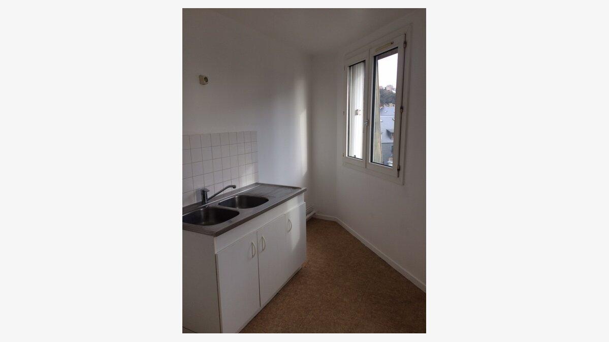 Location Appartement 4 pièces à Le Havre - vignette-2