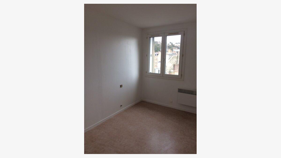 Location Appartement 4 pièces à Le Havre - vignette-3