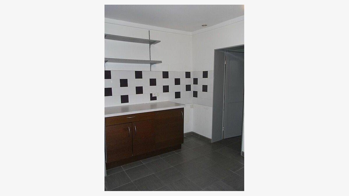 Location Appartement 5 pièces à Sainte-Adresse - vignette-2
