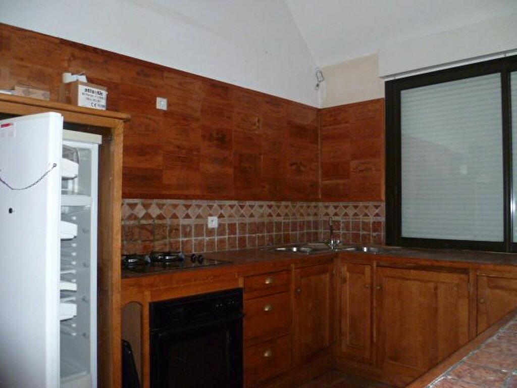 Location Maison 3 pièces à Épreville-en-Lieuvin - vignette-3