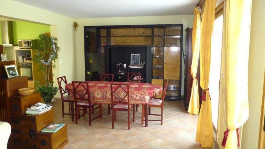 Achat Maison 7 pièces à La Celle-les-Bordes - vignette-4