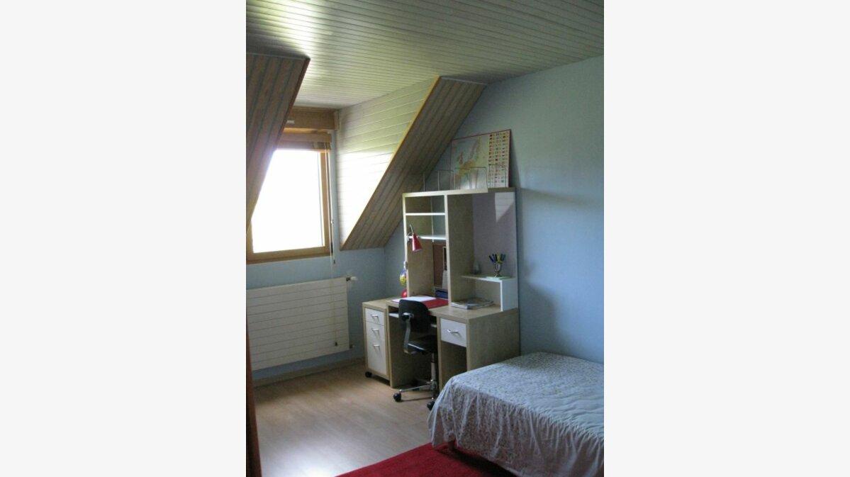 Achat Maison 7 pièces à La Celle-les-Bordes - vignette-6