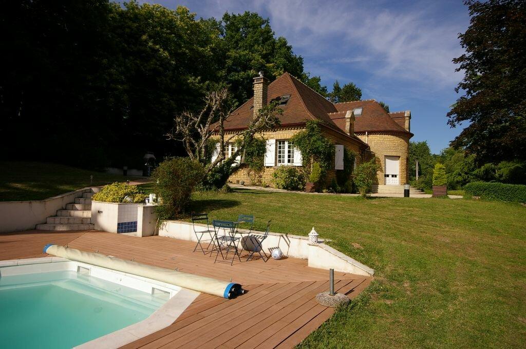 Achat Maison 10 pièces à Le Val-Saint-Germain - vignette-1