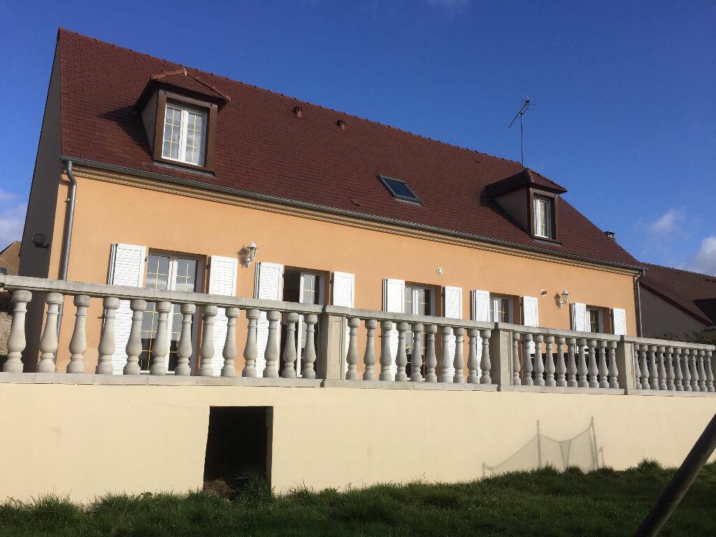 Achat Maison 8 pièces à Saint-Arnoult-en-Yvelines - vignette-15