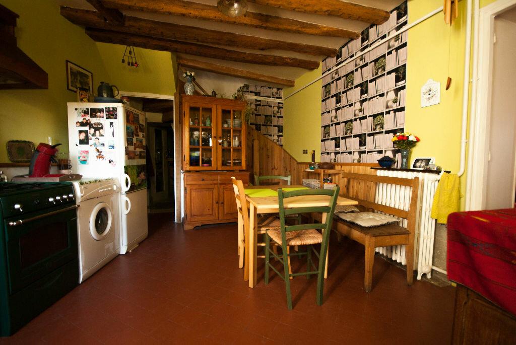 Achat Maison 6 pièces à La Celle-les-Bordes - vignette-7