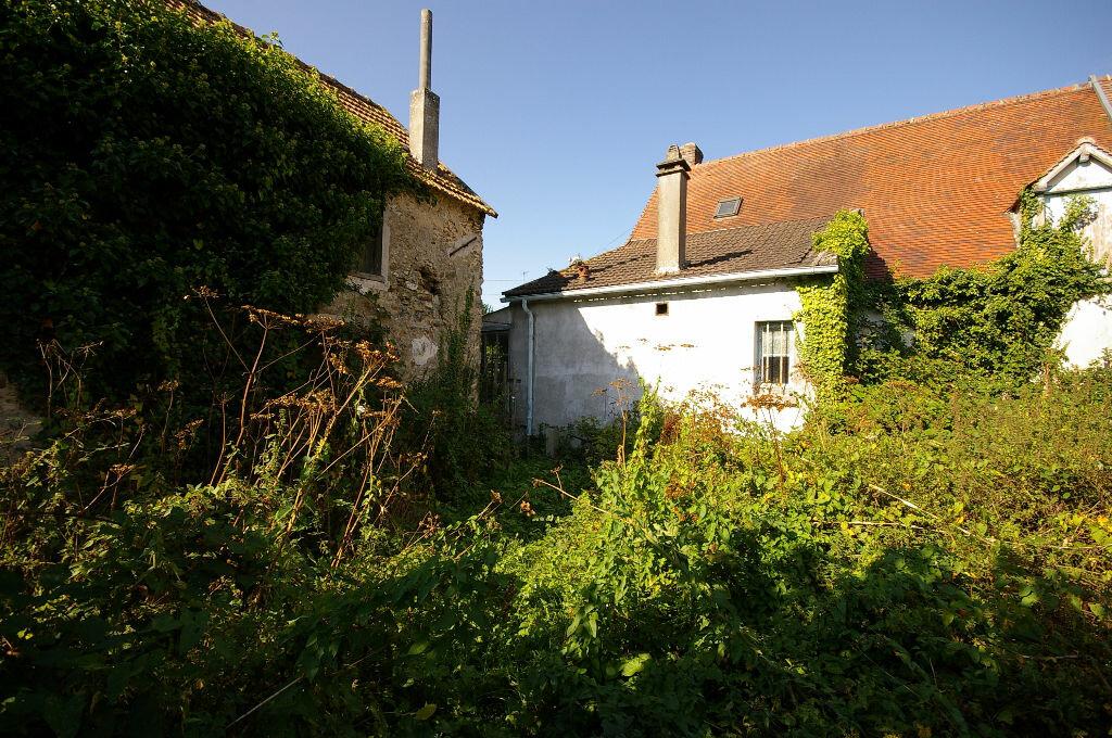 Achat Maison 3 pièces à La Celle-les-Bordes - vignette-1