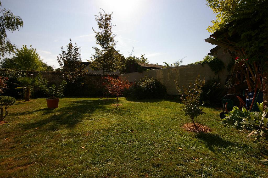 Achat Maison 4 pièces à La Celle-les-Bordes - vignette-2
