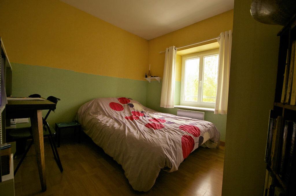 Achat Maison 4 pièces à La Celle-les-Bordes - vignette-4
