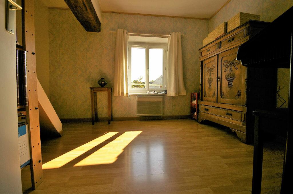 Achat Maison 4 pièces à La Celle-les-Bordes - vignette-6