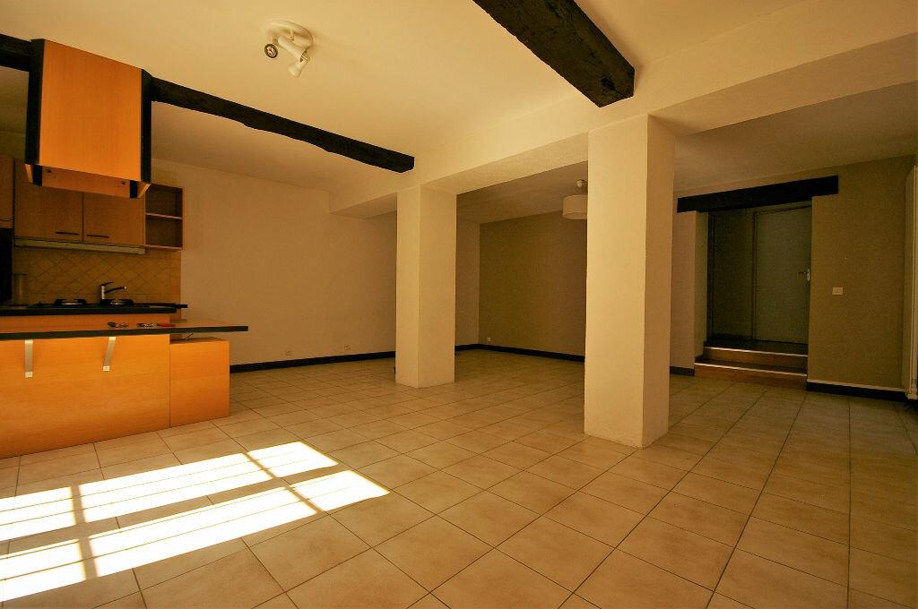 Achat Appartement 2 pièces à Saint-Arnoult-en-Yvelines - vignette-1