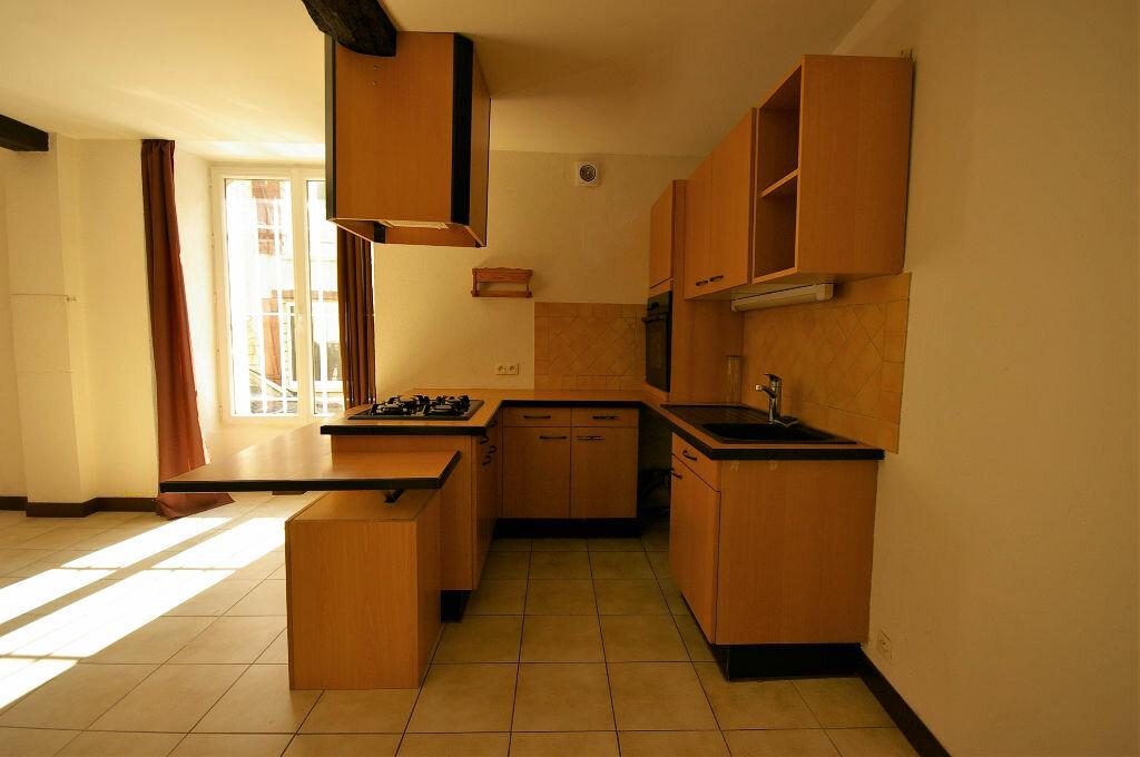 Achat Appartement 2 pièces à Saint-Arnoult-en-Yvelines - vignette-3