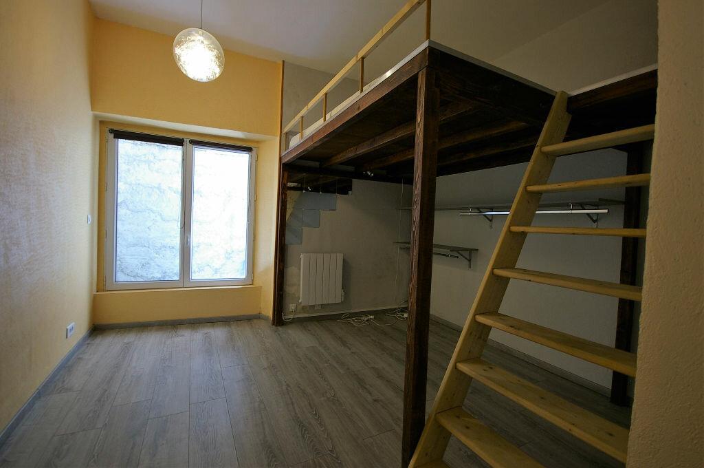 Achat Appartement 2 pièces à Saint-Arnoult-en-Yvelines - vignette-4