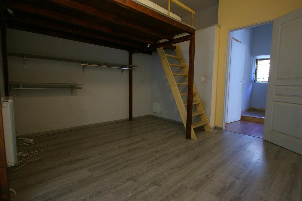 Achat Appartement 2 pièces à Saint-Arnoult-en-Yvelines - vignette-5