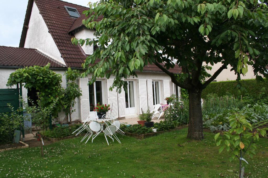 Achat Maison 8 pièces à Cernay-la-Ville - vignette-1