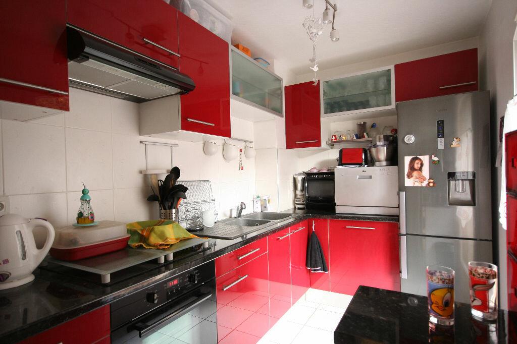Achat Appartement 1 pièce à La Balme-de-Sillingy - vignette-1