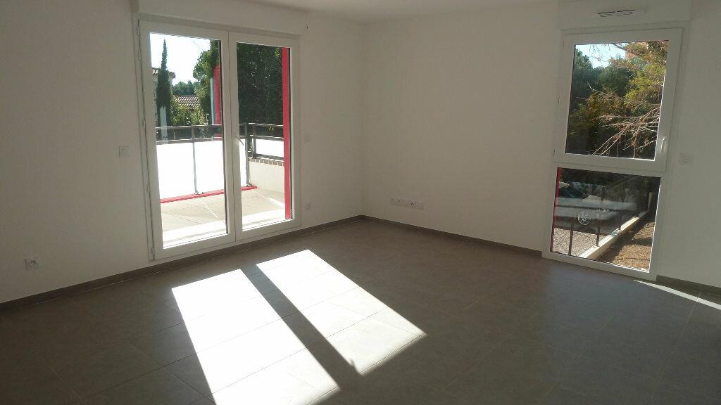 Achat Appartement 4 pièces à Saint-Jean-de-Védas - vignette-2