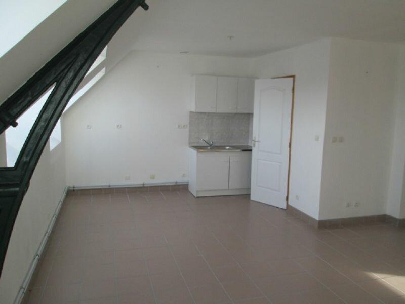 Location Appartement 4 pièces à Danizy - vignette-3