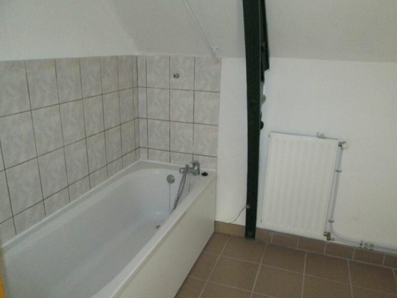 Location Appartement 4 pièces à Danizy - vignette-4