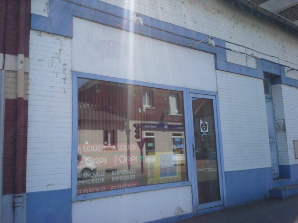 Location Local commercial  à Chauny - vignette-1