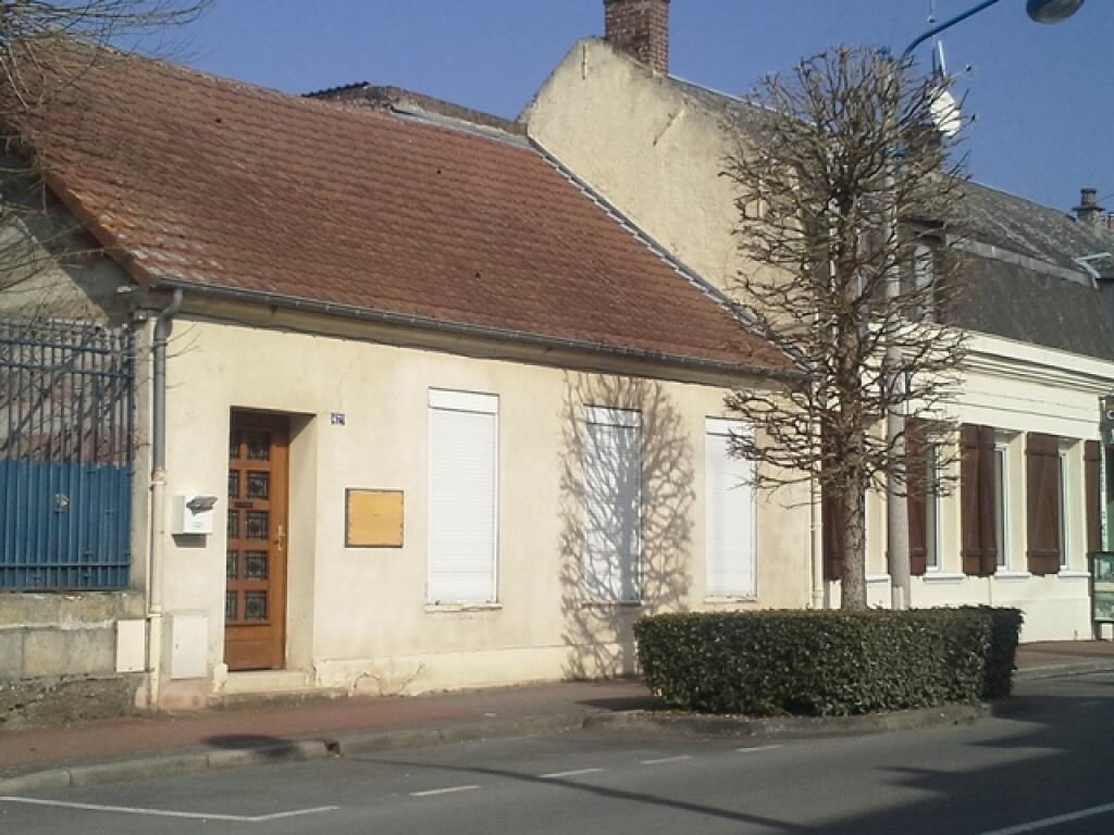 Location Maison 2 pièces à La Fère - vignette-1