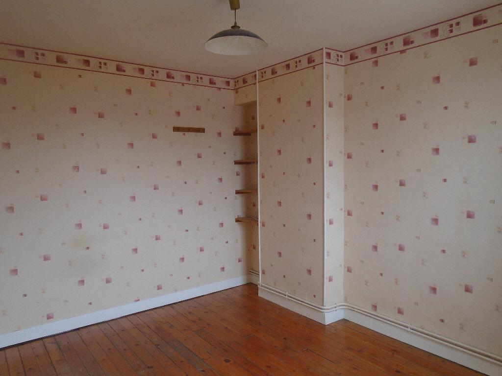 Location Appartement 3 pièces à Jussy - vignette-2