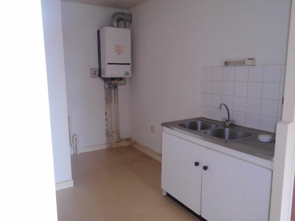 Location Appartement 3 pièces à Jussy - vignette-5