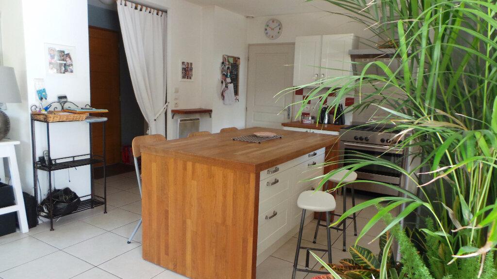 Achat Maison 4 pièces à Saint-Geniès-de-Malgoirès - vignette-1