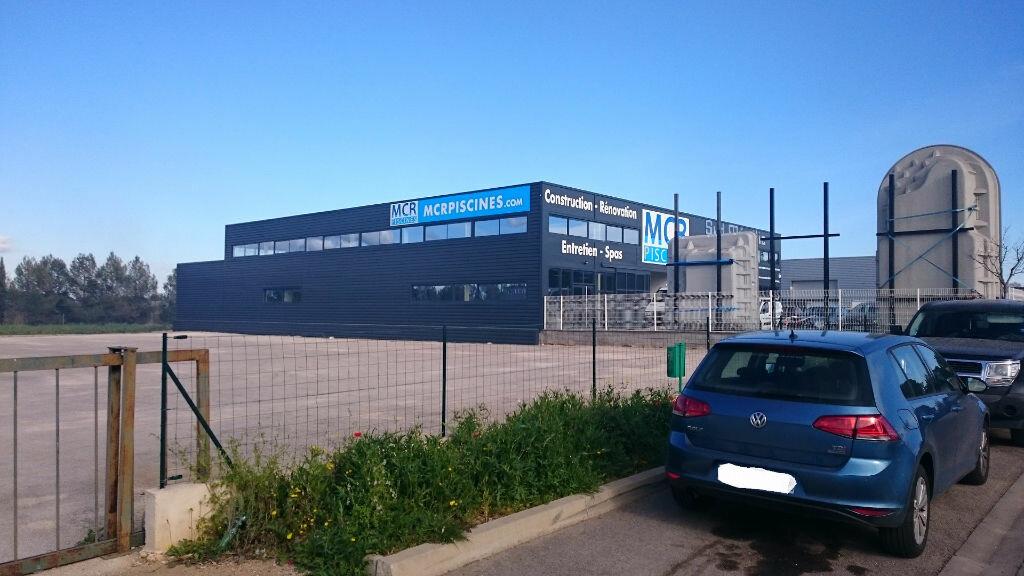 Location Bureaux  à Caissargues - vignette-1