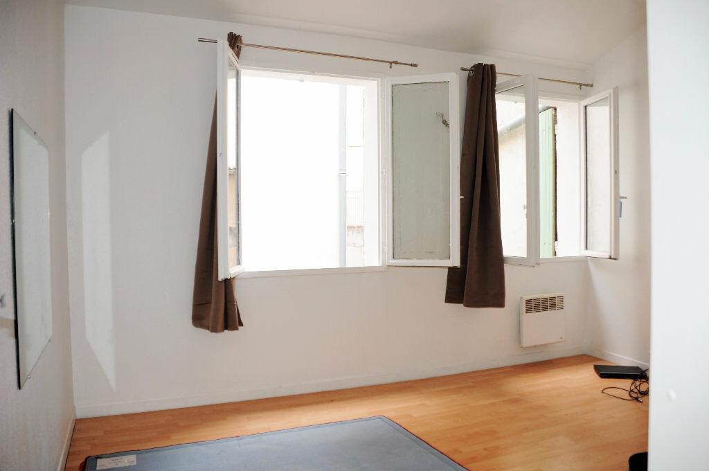 Achat Appartement 2 pièces à Nîmes - vignette-3