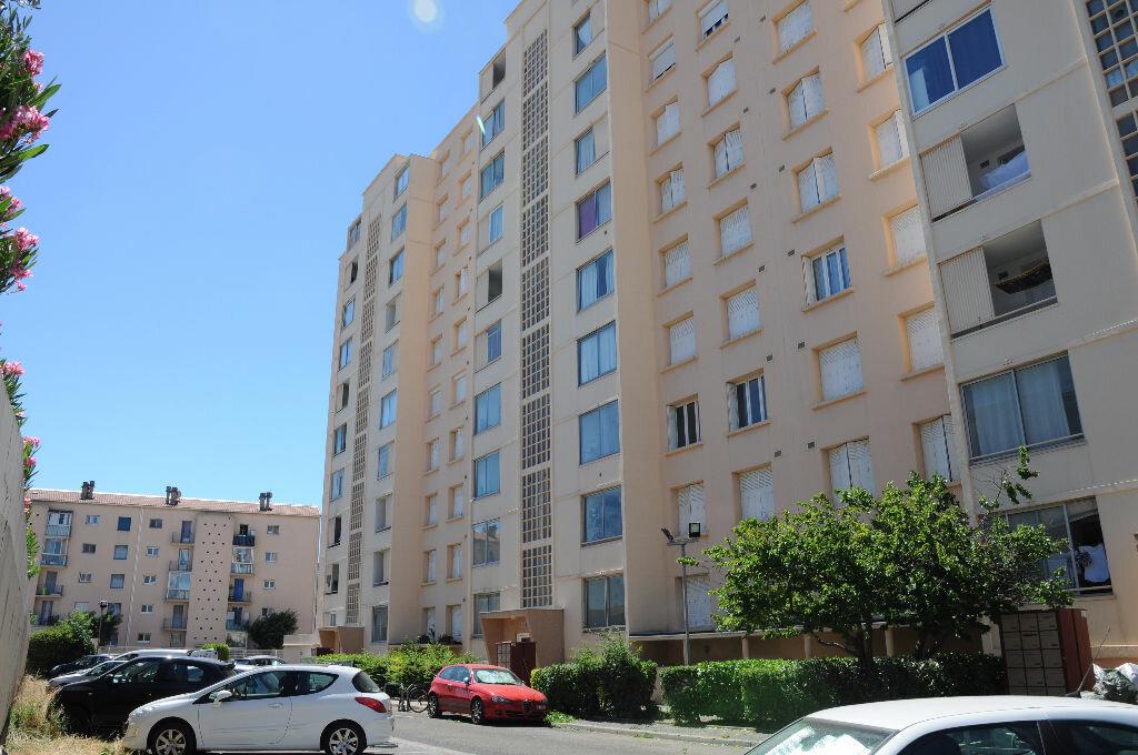 Achat Appartement 3 pièces à Nîmes - vignette-1