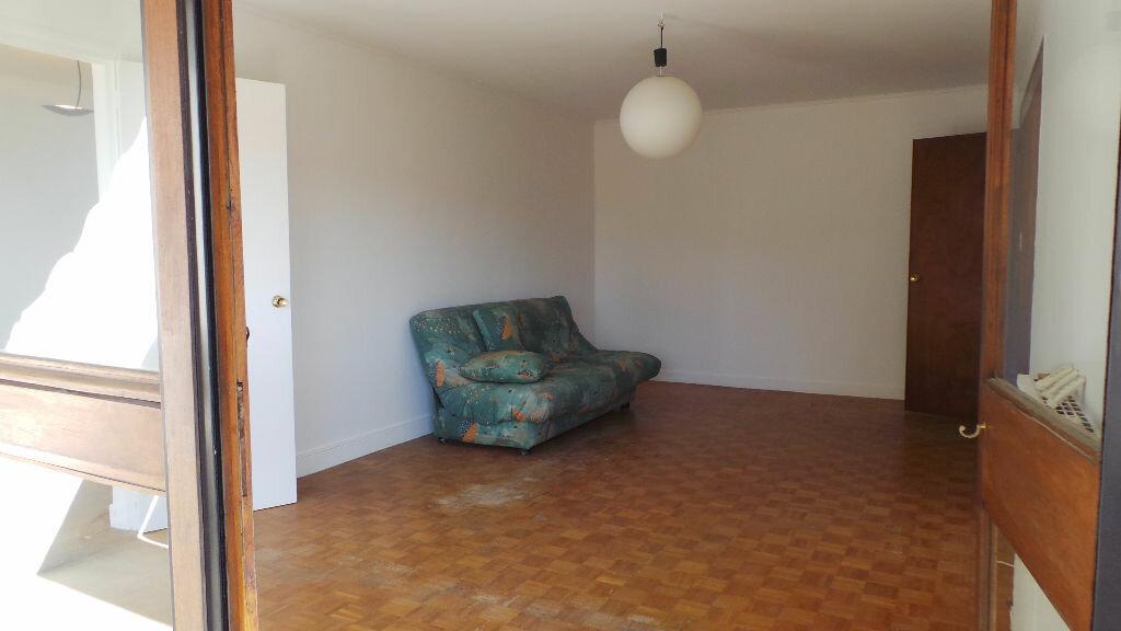 Achat Appartement 5 pièces à Nîmes - vignette-3