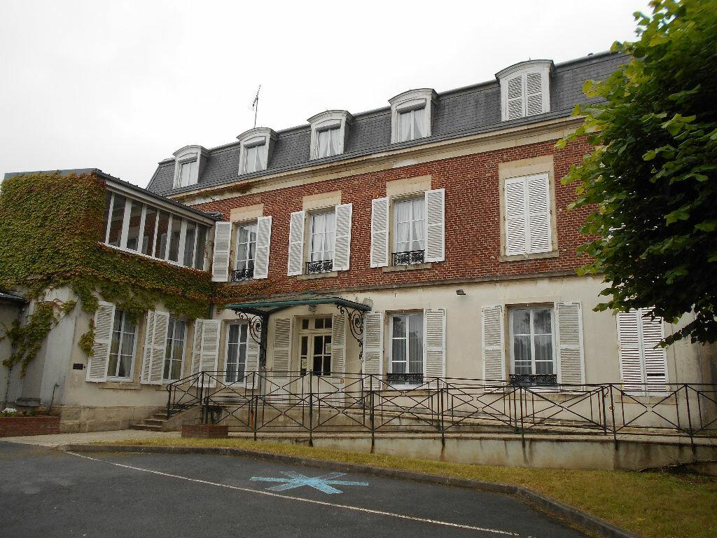 Achat Maison 15 pièces à Clermont - vignette-1