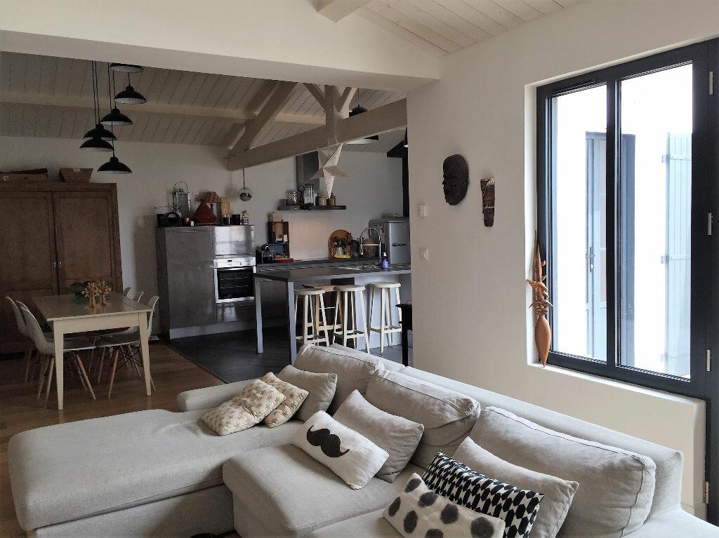 Achat Maison 6 pièces à Salles-sur-Mer - vignette-3