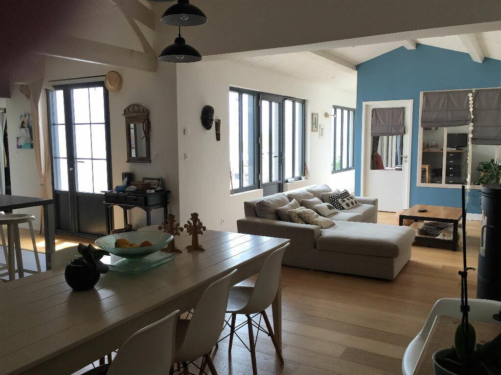 Achat Maison 6 pièces à Salles-sur-Mer - vignette-4