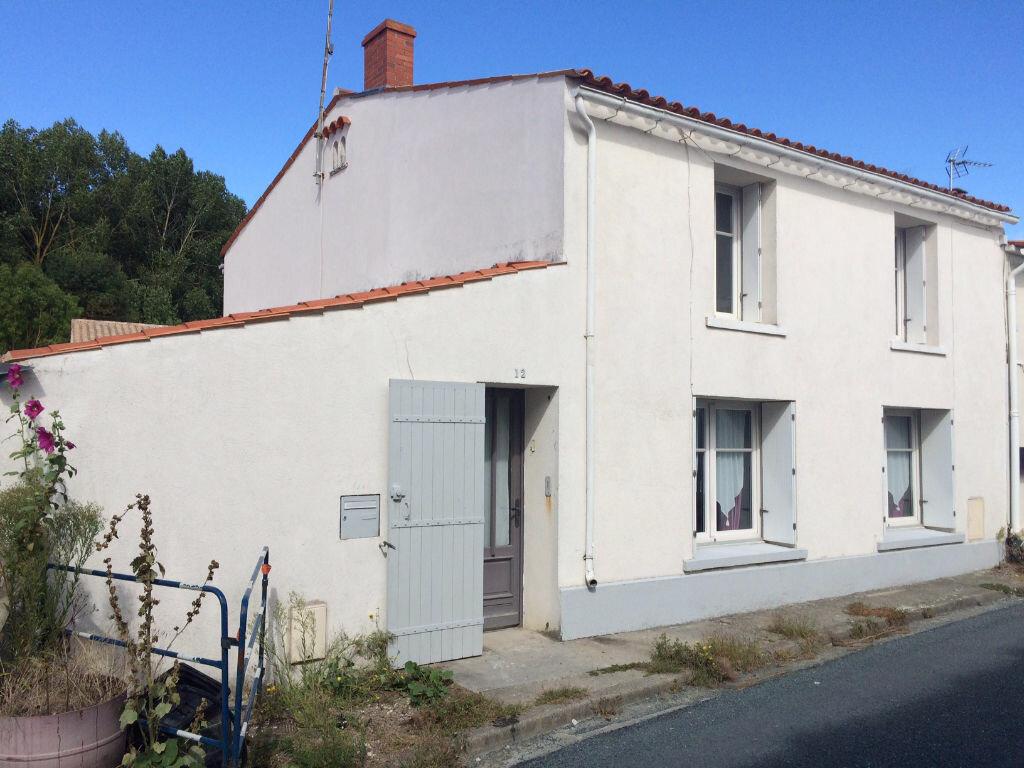 Achat Maison 5 pièces à Salles-sur-Mer - vignette-1