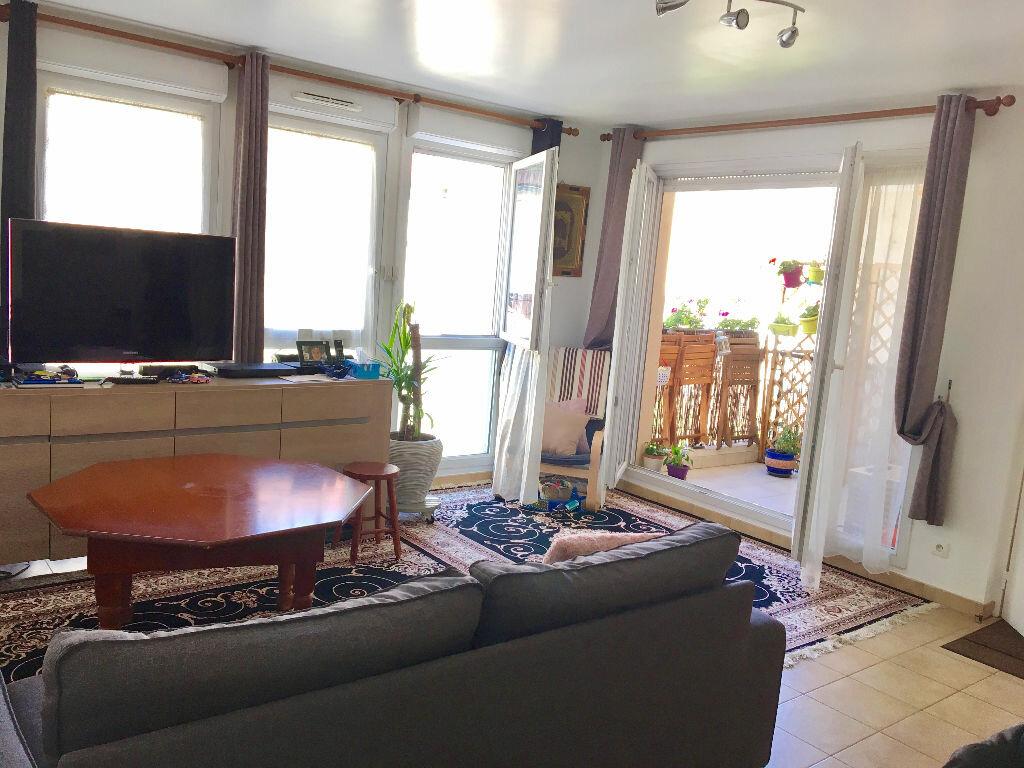 Achat Appartement 3 pièces à Aubervilliers - vignette-1