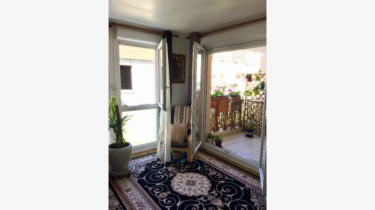 Achat Appartement 3 pièces à Aubervilliers - vignette-2
