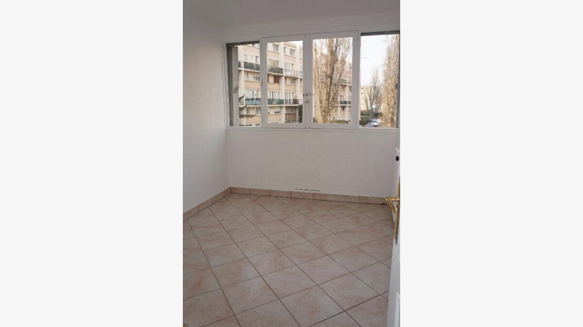 Achat Appartement 3 pièces à Aubervilliers - vignette-3