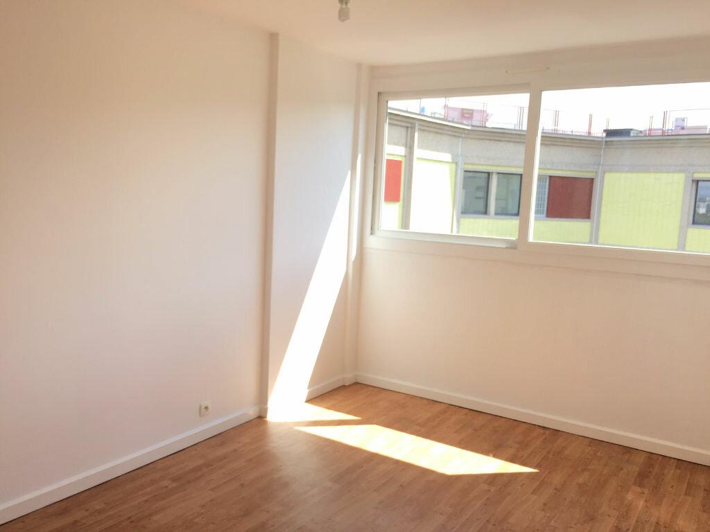 Achat Appartement 3 pièces à Aubervilliers - vignette-6