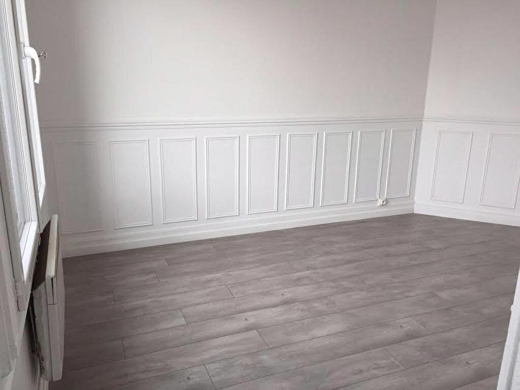Location Appartement 2 pièces à Stains - vignette-1
