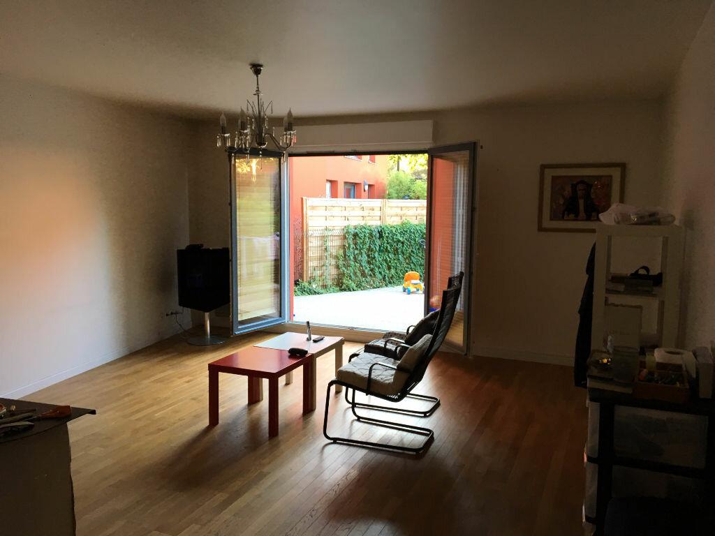 Achat Appartement 4 pièces à Aubervilliers - vignette-2