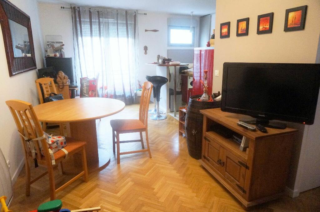 Achat Appartement 3 pièces à Saint-Denis - vignette-10