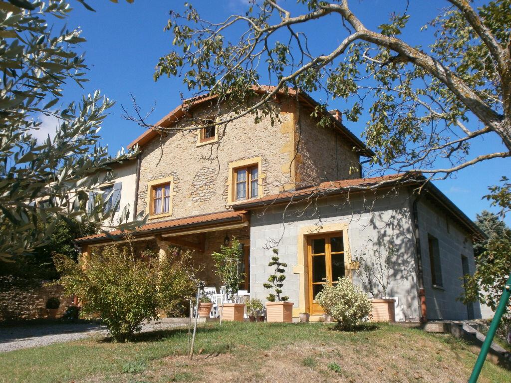 Achat Maison 6 pièces à Saint-Jean-des-Vignes - vignette-1